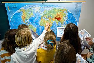 Tłumaczymy świat,uczymy przez działanie i doświadczanie